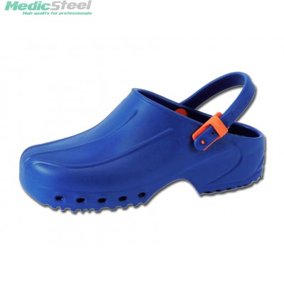 ULTRA LIGHT CLOGS with straps blue